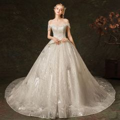 Sparkly Ivory Wedding Dresses 2019 Ball Gown Off-The-Shoulder Short Sleeve Backless Glitter Tulle Cathedral Train Ruffle