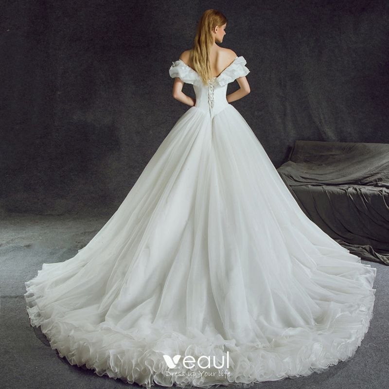 Stunning Cinderella Wedding Dresses 2017 A Line Princess Off The Shoulder Short Sleeve Erfly Backless Ruffle White Organza Chapel Train