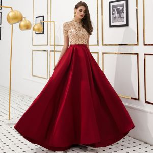 Luxury / Gorgeous Vintage / Retro Red See-through Evening Dresses  2019 A-Line / Princess High Neck Short Sleeve Rhinestone Beading Floor-Length / Long Ruffle Satin Formal Dresses
