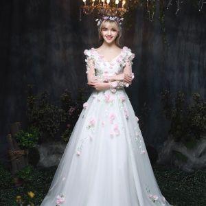 Unique Jardin / Extérieur Robe De Mariée 2017 Longue Blanche Princesse V-Cou Manches Longues Dos Nu En Dentelle Appliques Fleur