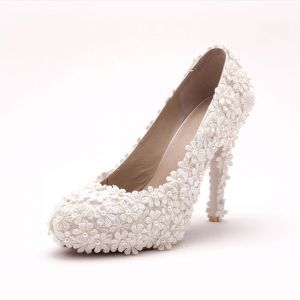 Handmade Lace Elegant Bridal Shoes / Wedding Shoes / Woman Shoes
