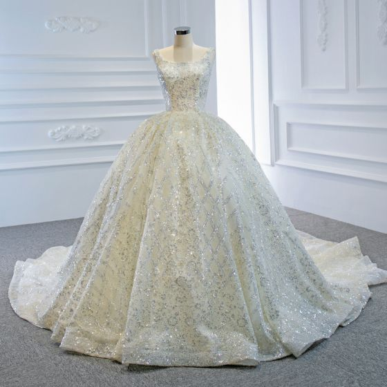 Luxury / Gorgeous Ivory Bridal Wedding Dresses 2020 Ball Gown Square Neckline Sleeveless Backless Handmade  Beading Sequins Chapel Train Ruffle