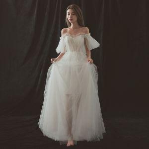 Modest / Simple Beach Ivory Wedding Dresses 2018 A-Line / Princess Off-The-Shoulder Short Sleeve Backless Floor-Length / Long Ruffle