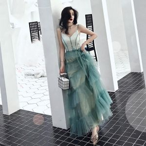 Chic / Beautiful Green Evening Dresses  2019 A-Line / Princess Spaghetti Straps V-Neck Sleeveless Floor-Length / Long Cascading Ruffles Backless Formal Dresses