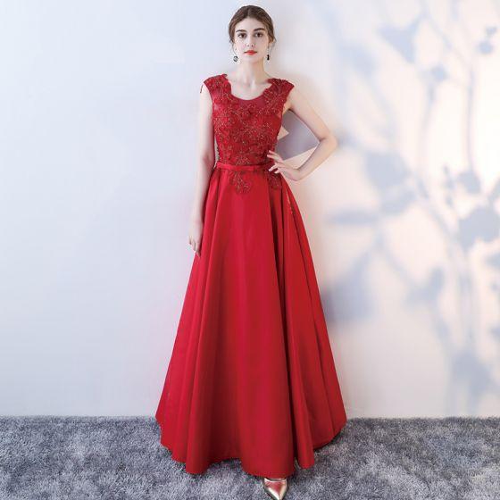 Piękne Czerwone Sukienki Wieczorowe 2017 Princessa Wycięciem Bez Rękawów Aplikacje Z Koronki Frezowanie Kokarda Szarfa Długie Bez Pleców Sukienki Wizytowe