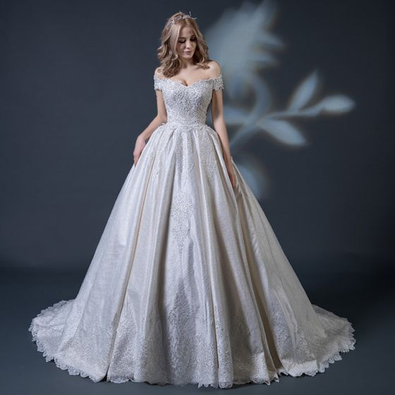 Vintage / Retro Champagne Wedding Dresses 2018 Ball Gown Off-The-Shoulder Short Sleeve Backless Appliques Lace Beading Ruffle Chapel Train