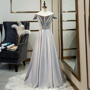 Classic Grey Prom Dresses 2019 A-Line / Princess Off-The-Shoulder Suede Short Sleeve Backless Floor-Length / Long Formal Dresses