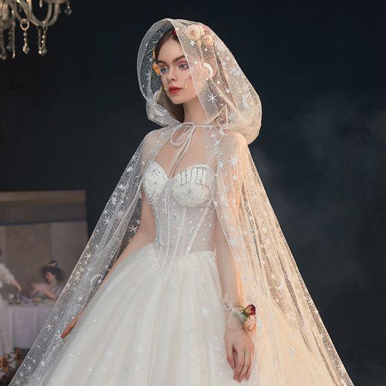 Fantastisk Stjärna Korsett Champagne Balklänning Brud Sommar Bröllopsklänningar 2020 Med Kappa Rhinestone Pärla Älskling Tyll Korsade remmar Chapel Train Ärmlös