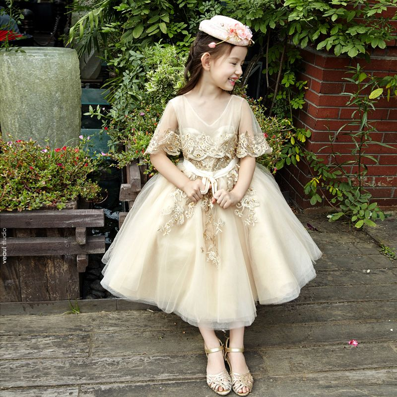 Chic / Beautiful Church Wedding Party Dresses 2017 Flower Girl Dresses Gold Ball Gown Tea-length Scoop Neck Backless Sleeveless Bow Sash Sequins Lace Appliques