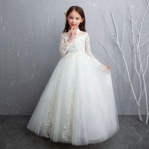 Schöne Weiß Blumenmädchenkleider 2020 A Linie Durchsichtige Stehkragen Lange Ärmel Applikationen Spitze Perlenstickerei Perle Lange Rüschen