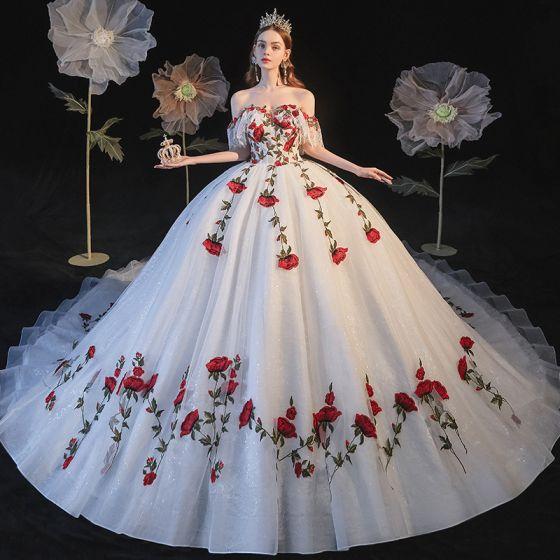 Blomsterfe Hvit Bryllups Brudekjoler 2021 Ballkjole Av Skulderen Korte Ermer Ryggløse Rose Appliques Blonder Glitter Tyll Cathedral Train Buste