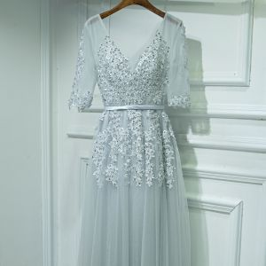 Modest / Simple Silver Wedding Party Dresses 2017 A-Line / Princess Lace Flower Beading Sequins V-Neck 1/2 Sleeves Floor-Length / Long Bridesmaid Dresses