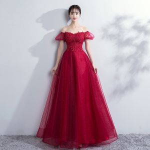 Elegant Burgundy Prom Dresses 2018 Empire Lace Flower Crystal Beading Off-The-Shoulder Backless Sleeveless Floor-Length / Long Formal Dresses