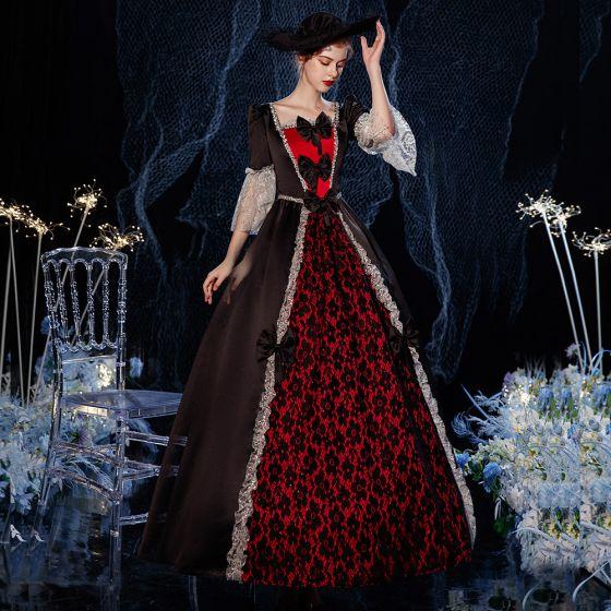 Vintage / Originale Médiévale Gothique Noire Rouge Robe Boule Robe De Bal 2021 Encolure Carrée Longue 1/2 Manches Dentelle 3D Paillettes Cosplay Promo Robe De Ceremonie