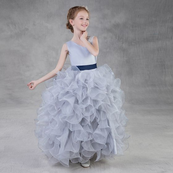 Chic / Beautiful Silver Organza Flower Girl Dresses 2018 Ball Gown Amazing / Unique Shoulders Sleeveless Sequins Beading Sash Floor-Length / Long Cascading Ruffles Wedding Party Dresses