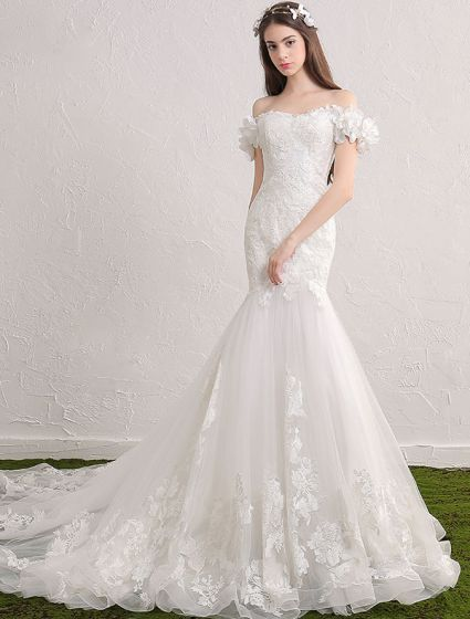 Elegant Mermaid Wedding Dresses 2017 Off The Shoulder Applique Lace And Flowers Bridal Gowns