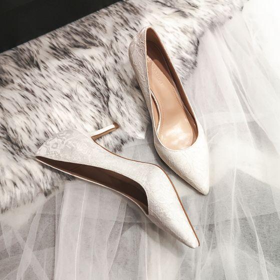 Schöne Ivory / Creme Brautschuhe 2020 Tülle Spitze 7 cm Stilettos Spitzschuh Hochzeit Pumps