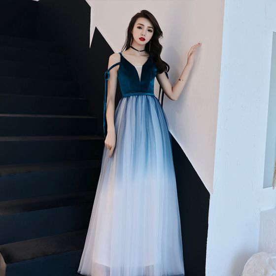 Affordable Ink Blue Gradient-Color White Evening Dresses  2019 A-Line / Princess Spaghetti Straps Sleeveless Sash Floor-Length / Long Ruffle Backless Formal Dresses