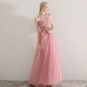 Romantisch Pink Durchsichtige Abendkleider 2019 A Linie Rundhalsausschnitt Kurze Ärmel Feder Perlenstickerei Lange Rüschen Rückenfreies Festliche Kleider