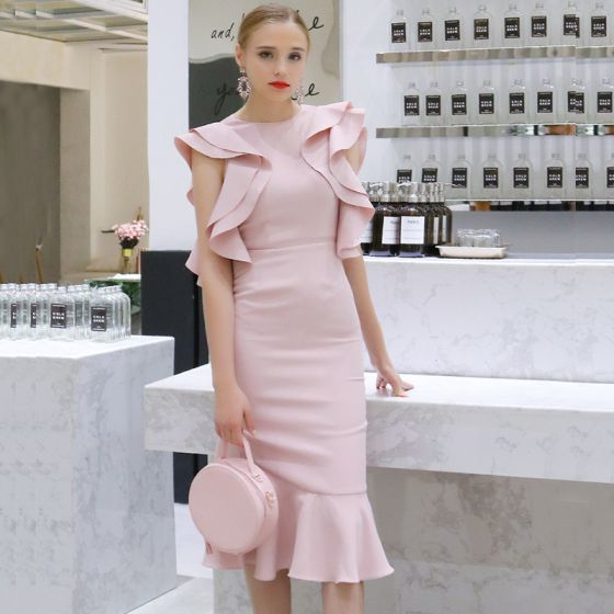 Modest / Simple Blushing Pink Evening Dresses  2019 Scoop Neck Sleeveless Tea-length Ruffle Backless Formal Dresses