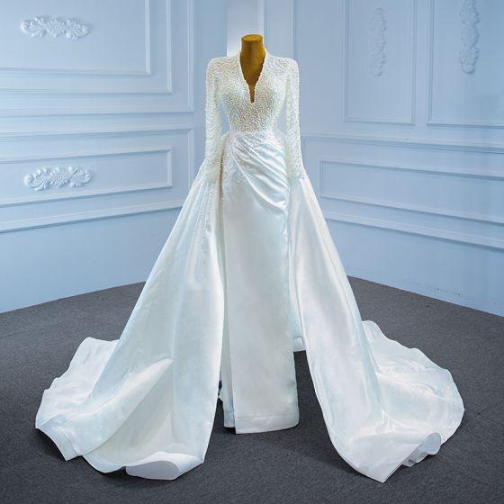 Luksusowe Białe Satyna ślubna Suknie Ślubne 2021 Syrena / Rozkloszowane Głęboki V-Szyja Długie Rękawy Bez Pleców Wykonany Ręcznie Frezowanie Perła Trenem Sąd Wzburzyć