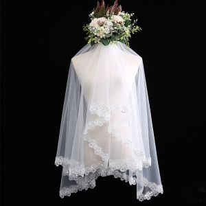 Modern / Fashion White Wedding Veils Lace Beading Sequins Short Wedding Accessories 2019