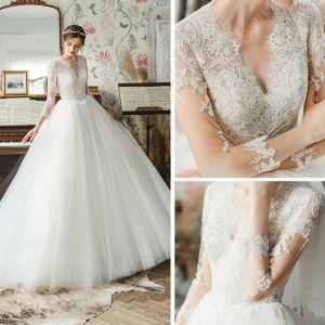 High-end Ivory Bridal Wedding Dresses 2020 Ball Gown V-Neck 3/4 Sleeve Backless Pierced Appliques Lace Sequins Tulle Court Train