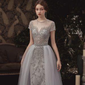 Illusion Grau Durchsichtige Abendkleider 2020 A Linie Rundhalsausschnitt Kurze Ärmel Handgefertigt Perlenstickerei Lange Rüschen Festliche Kleider