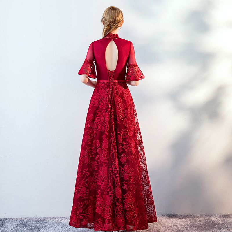 Vintage / Retro Burgundy See-through Evening Dresses  2019 A-Line / Princess High Neck Bell sleeves Appliques Lace Pearl Rhinestone Sash Floor-Length / Long Ruffle Backless Formal Dresses