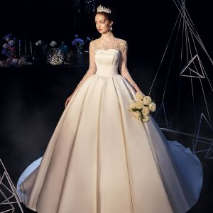 Vintage / Retro Ivory Satin See-through Wedding Dresses 2019 Ball Gown Scoop Neck 3/4 Sleeve Backless Appliques Lace Chapel Train Ruffle