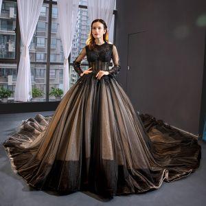 Luxe Noire Robe De Bal 2019 Princesse Encolure Dégagée En Dentelle Fleur Manches Longues Cathedral Train Robe De Ceremonie