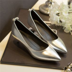 Elegante Zilveren Avond Pumps 2019 Rhinestone 3 cm Naaldhakken / Stiletto Lage Hak Spitse Neus Pumps