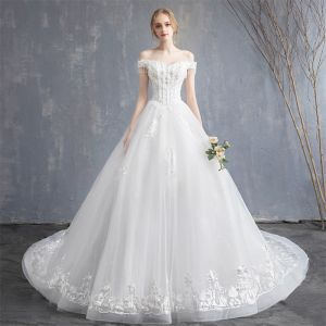 Affordable Ivory Wedding Dresses 2019 A-Line / Princess Off-The-Shoulder Beading Tassel Pearl Crystal Lace Flower Short Sleeve Backless Court Train