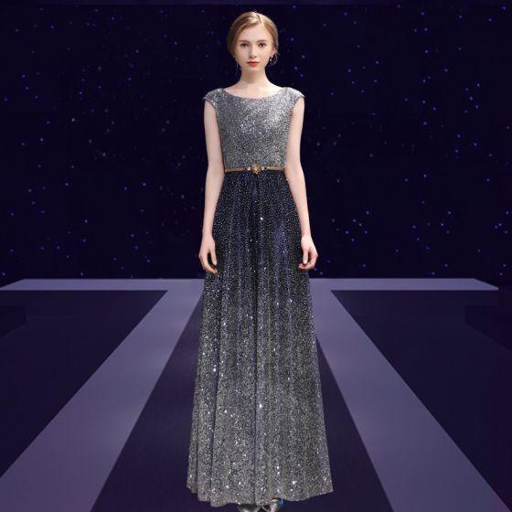 Sparkly Stjernehimmel Selskabskjoler 2018 Prinsesse Glitter Metal Bælte Scoop Neck Halterneck Ærmeløs Ankel Længde Kjoler