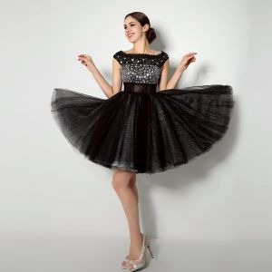 Chic / Beautiful Black Cocktail Dresses 2018 Ball Gown Crystal Sequins Lace Square Neckline Sleeveless Short Formal Dresses