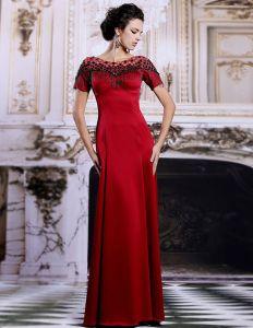 Slida Tofs Axlar Långklänning Röd Aftonklänning