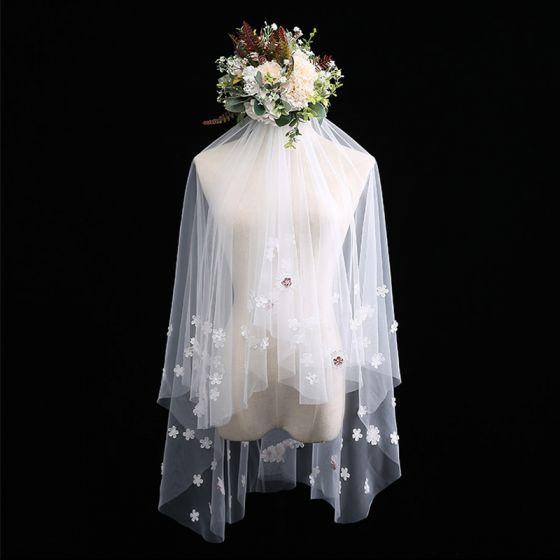Schöne Weiß Kurze Brautschleier Spitze Blumen Chiffon Hochzeit Brautaccessoires 2019