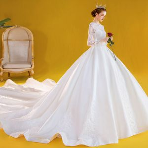 Vintage / Retro White Satin Bridal Wedding Dresses 2020 Ball Gown Scoop Neck Puffy Long Sleeve Backless Appliques Lace Beading Cathedral Train Ruffle