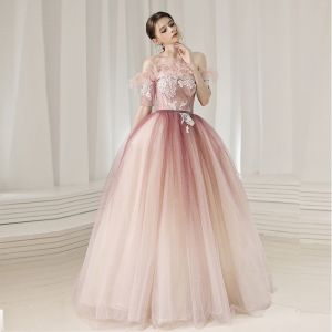 Charming Blushing Pink Prom Dresses 2020 Ball Gown Off-The-Shoulder Short Sleeve Glitter Tulle Appliques Lace Beading Feather Floor-Length / Long Ruffle Backless Formal Dresses