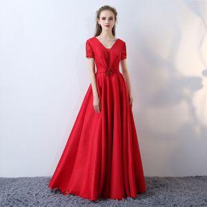 Schöne Rot Abendkleider 2017 A Linie V-Ausschnitt Spitze Gestreift Applikationen Rückenfreies Stickerei Charmeuse Festliche Kleider