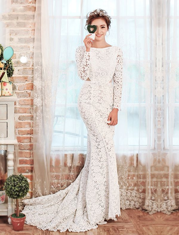 2015 Elegant Mermaid Square Neckline Flowers Backless Lace Wedding Dress With Sleeves