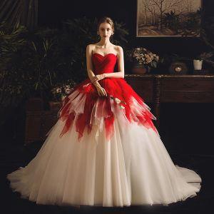 Unique Rot Champagner Brautkleider / Hochzeitskleider 2019 Ballkleid Herz-Ausschnitt Ärmellos Rückenfreies Kapelle-Schleppe Fallende Rüsche