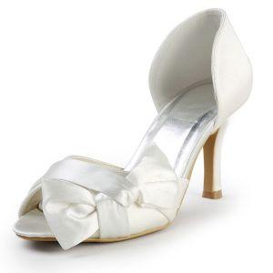 Chaussures De Mariée Sur Mesure Faits A La Main Douce Beige Chaussures Noeud De Satin De Fete