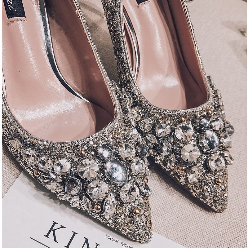 Sparkly Crystal Wedding Shoes Silver 2017 Glitter High Heels Stiletto Heels Pointed Toe 7 cm Pumps