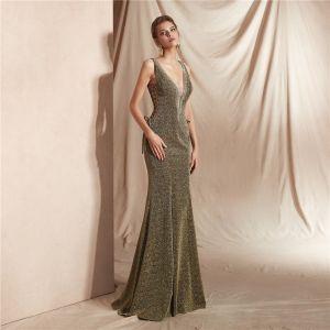 Sexy Vert Trèfle Robe De Soirée 2020 Trompette / Sirène Col v profond Sans Manches Glitter Polyester Longue Volants Dos Nu Robe De Ceremonie