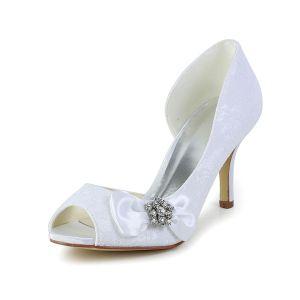 Élégantes Chaussures De Mariée Blanches Peep Toe Escarpins Talons Aiguilles De Dentelle Avec Strass Noeud