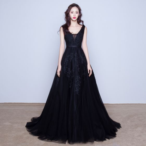 Chic / Beautiful Evening Dresses  2017 Black A-Line / Princess Sweep Train V-Neck Sleeveless Backless Satin Sash Pearl Lace Appliques Formal Dresses