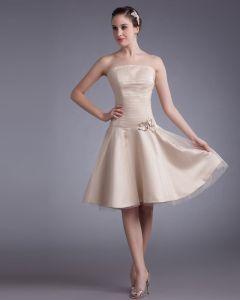 Tüll Knielange Trägerlosen Perlen Applique Frauen Abiballkleider / Abschlusskleider Plissiert
