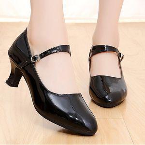 Romantique Charmant Noire Chaussures de danse latine 2020 5 cm Dansant Promo Laser Boucle Talons À Bout Rond Chaussures Femmes