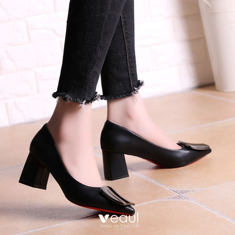 Chic / Beautiful Office Pumps 2017 PU Mid Heel Pointed Toe Pumps